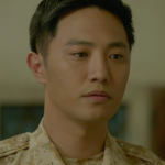 Jin Goo sebagai Sersan Mayor Major Seo Dae-young