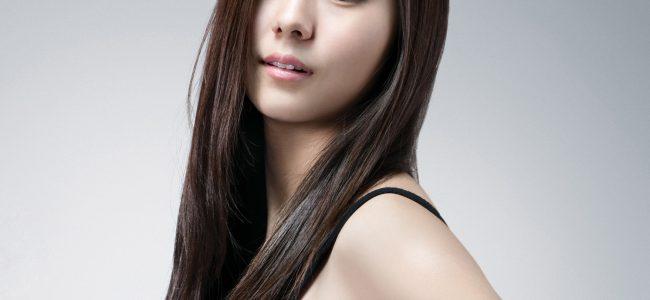 Uee Artis Korea dan Penyanyi