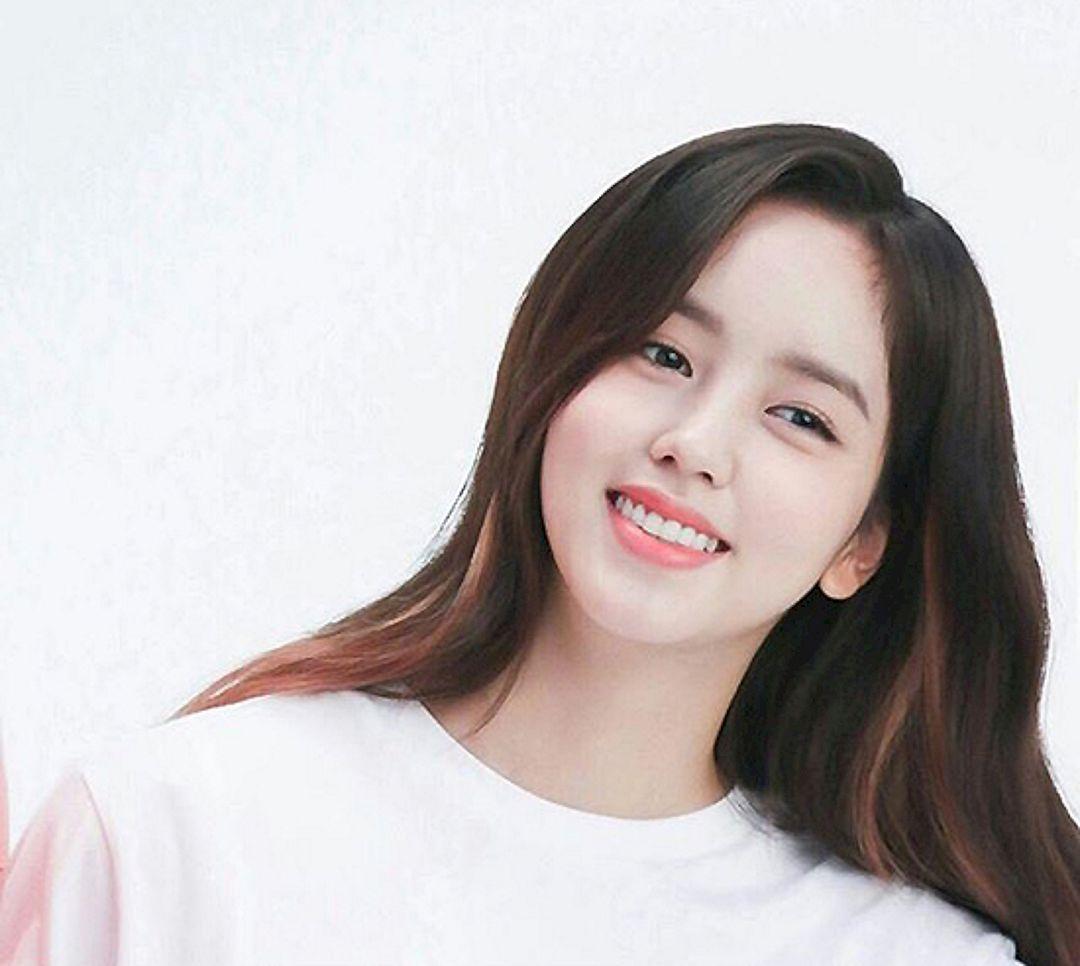 Koleksi Lengkap Album Foto Terbaru Kim So Hyun Artis Cantik Korea 18
