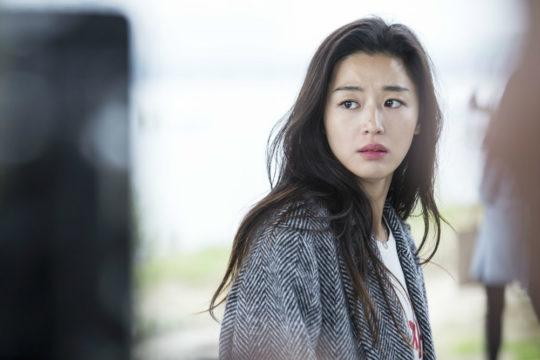 jun-ji-hyu-and-cha-tae-hyun-reunion-in-the-legend-of-the-blue-sea-2